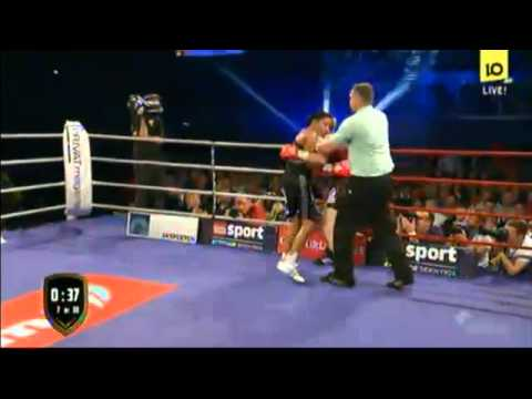 """Cecilia """"First Lady"""" Braekhus vs Anne Sophie Mathis"""